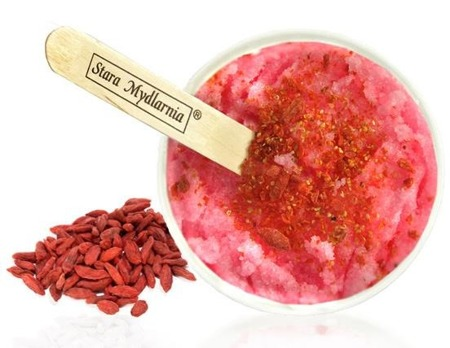 Salt scrub Pomegranate with goji fruits